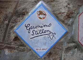 Experte Geronimo Stilton, Wikipedia