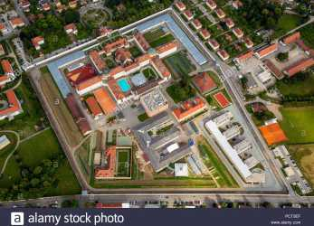 Oben JVA Straubing Prison, Implementation Of Punishment (Strafvollzug) In Bavaria, Straubing Prison With Courtyard, Swimming Pool, Straubing, Eastern Bavaria